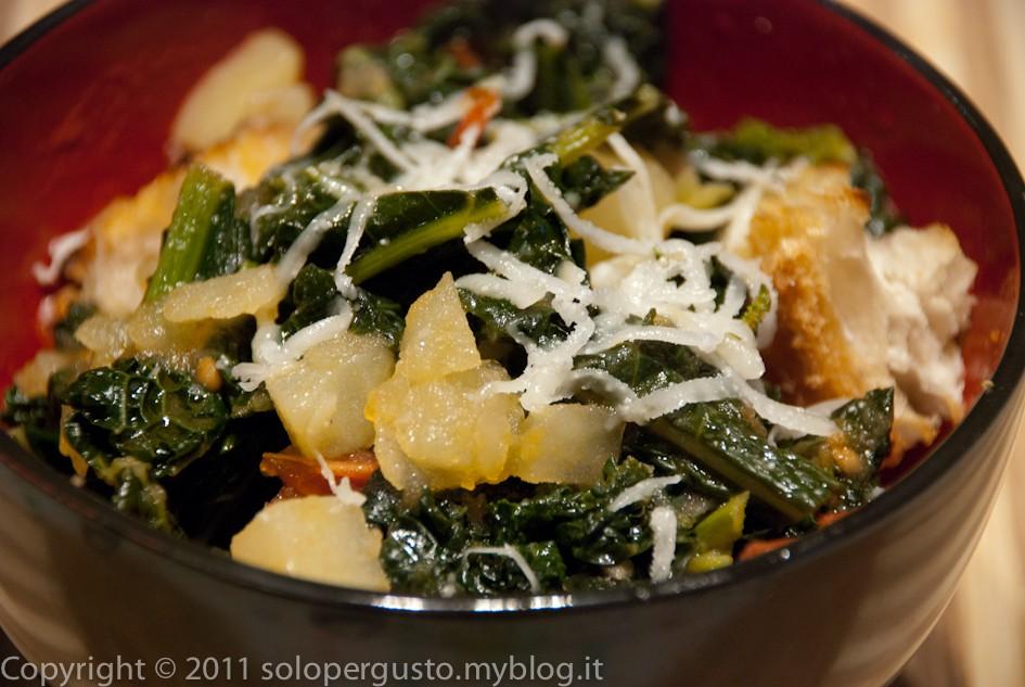 Zuppa di patate e cavolo nero solopergusto