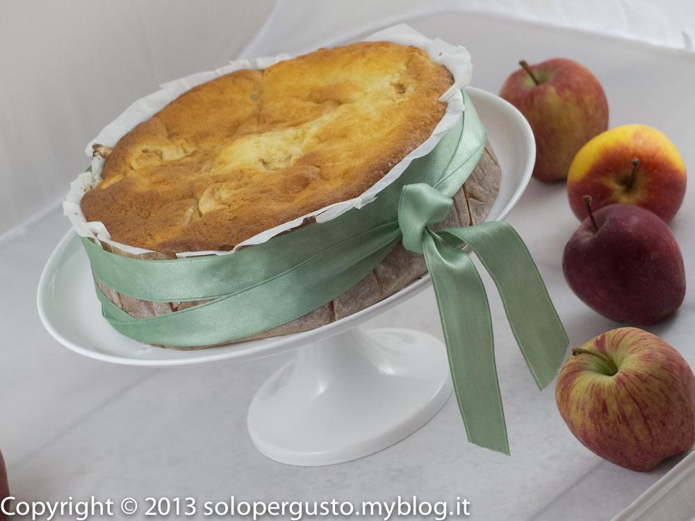 Dell'ennesima torta di mele (mele, panna e uvetta)