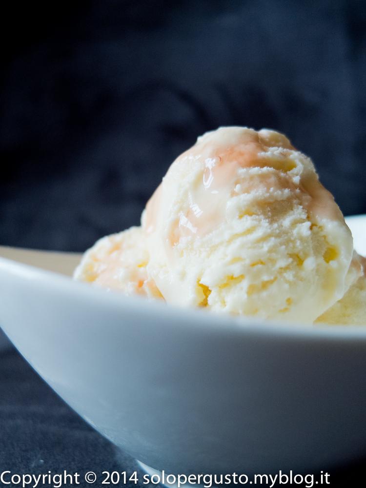 E allora io il gelato me lo faccio da me: Crema alle rose